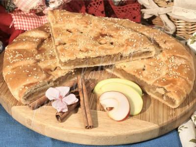 Пирог яблочный с корицей (песочный)