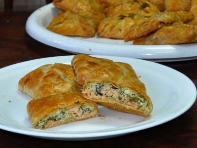 Пирожок с рыбой (слоёный бездрожжевой) (Заказ от 10 шт.)