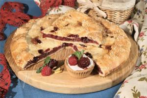 Пирог с ежевикой и малиной (песочный)