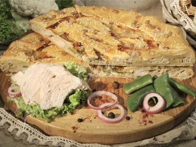 Пирог с курицей (слоёный бездрожжевой)