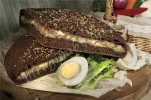 Пирог с капустой и яйцом (бездрожжевой на закваске)