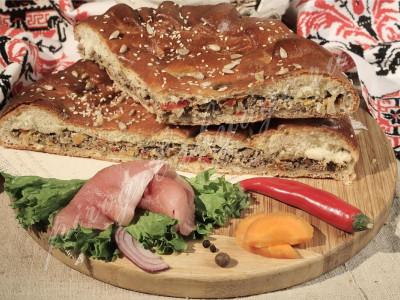 Пирог с мясом (говядина) (дрожжевой)