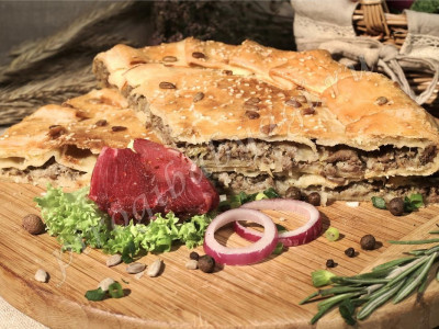 Пирог с мясом (говядина) (слоёный бездрожжевой)