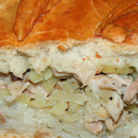 Пирог из куриного мяса с галетами