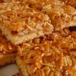 Пирог миндальный с кукурузными хлопьями
