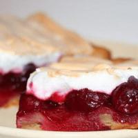 Пирог с вишней: вкусный рецепт