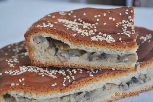 Пирог с картошкой и грибами (дрожжевой)